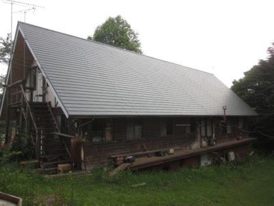 屋根葺き替え工事を頂きました。